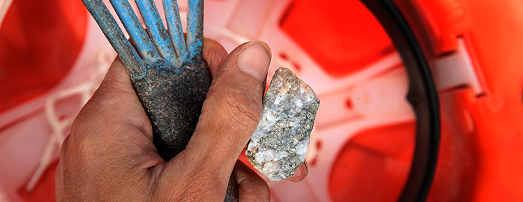 Exchange of experiences between Colombian and Peruvian miners