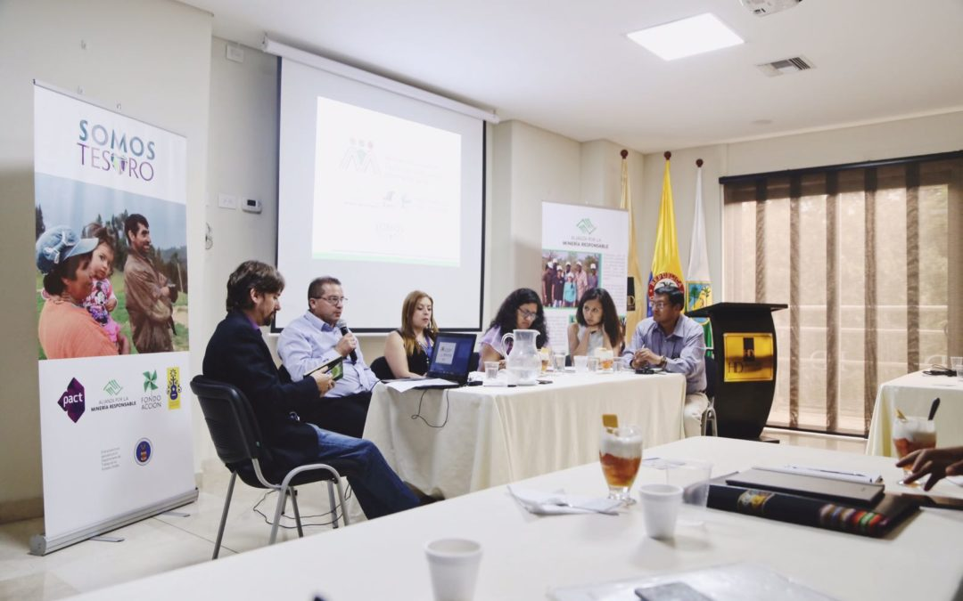 Roundtables on mining and transparency held in Medellín