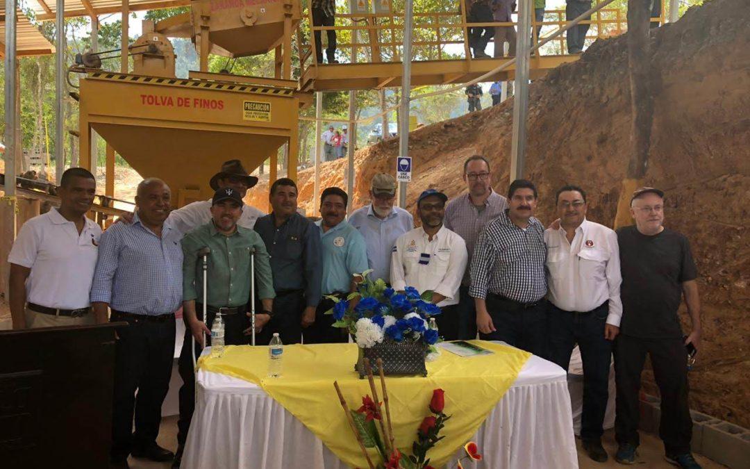 Inauguración de la planta gravimétrica en Minas y Cuevas, Honduras