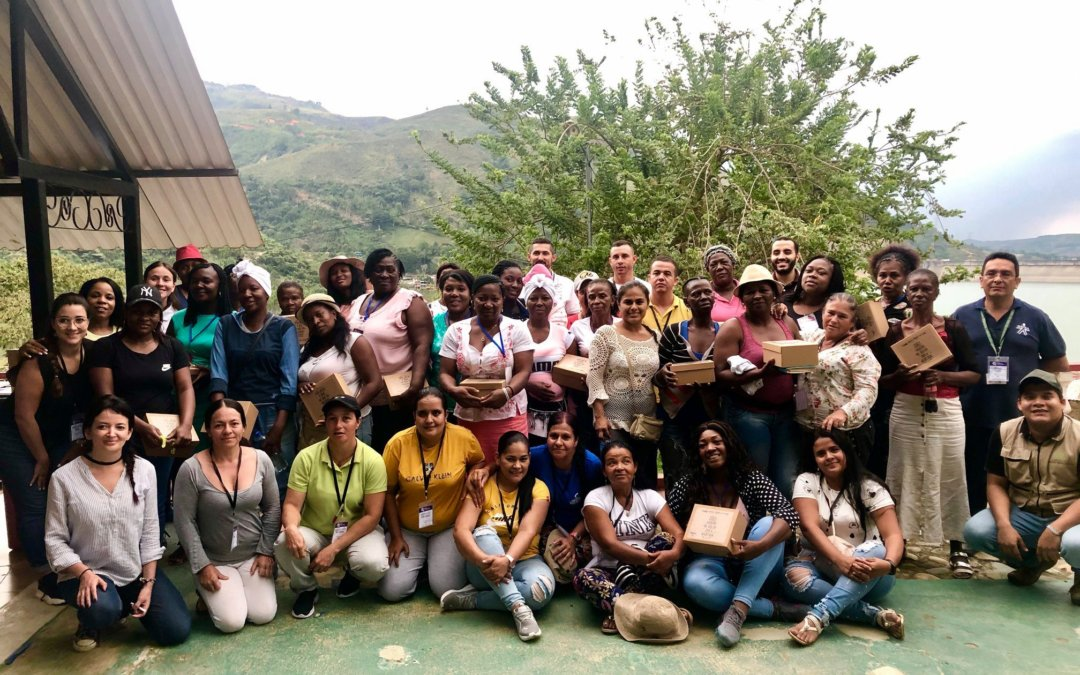 Arm, Comunica y Pnud, realizan intercambio de experiencias con mujeres mineras