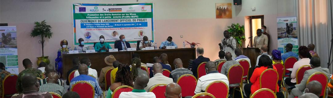 Inició proyecto en Burkina Faso para promover derechos humanos en la MAPE